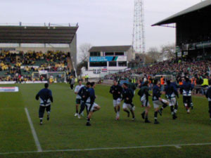 Argyle warming up
